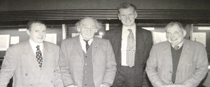 Dr Athol Murray with former keepers