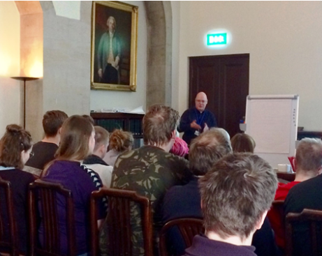 Robin Urquhart welcomes Icelandic students to General Register House